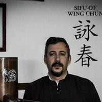 Instrutor Certificado de Ip Man Wing Chun Kung Fu , pela Samuel Kwok Wing Chun Martial Art Association